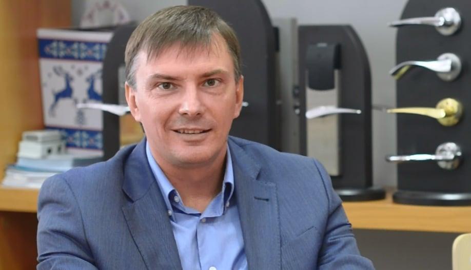 Денис савченко веб модели чем занимаются
